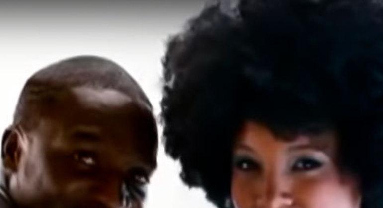 Akon & Negra Li