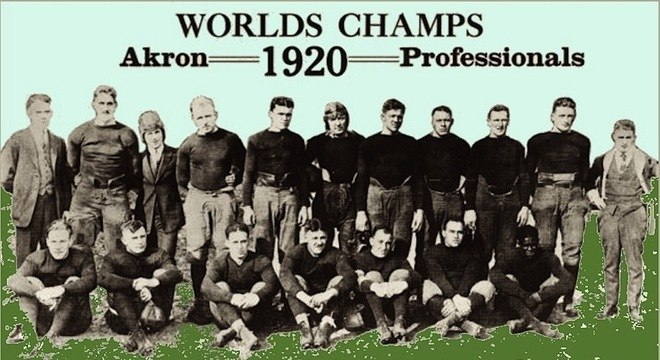 Os vencedores da primeira temporada. cem anos atrás