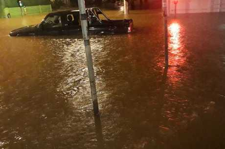 São Paulo enfrenta forte chuva nesta segunda (11)