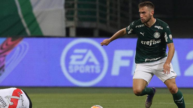 Alan Empereur (27 anos): zagueiro - Último clube: Hellas Verona - Valor de mercado: 1 milhão de euros.