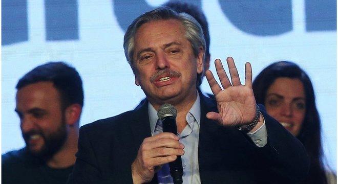 Candidato à Presidência, Alberto Fernández, que tem ex-presidente Cristina Kirchner como vice, teve 47,4% dos votos contra 32,3% da chapa de Macri