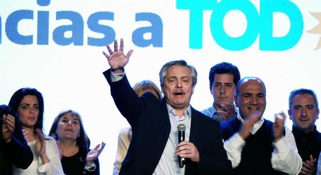Fernandez voltou a conversar por telefone com o presidente Maurício Macri