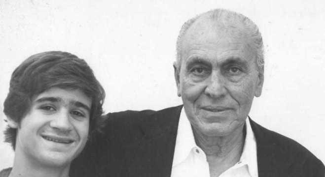 Murray, garoto, com o Vovô Sylvio