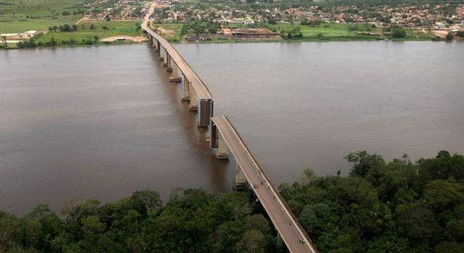 Ponte caiu na Pará na madrugada deste sábado (6)