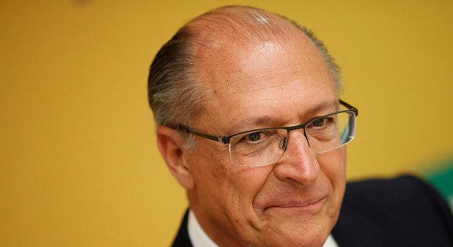 Alckmin vai investir nos partidos do centrão para atrair votos na reta final