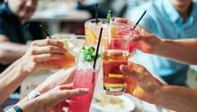 Governo francês proibirá beber álcool em via pública por pandemia