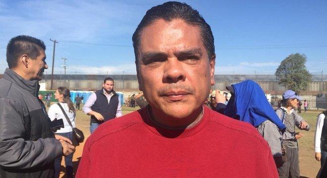 Alguns não viram com bons olhos a chegada de Alden Rivera Montes, embaixador de Honduras no México, ao centro esportivo