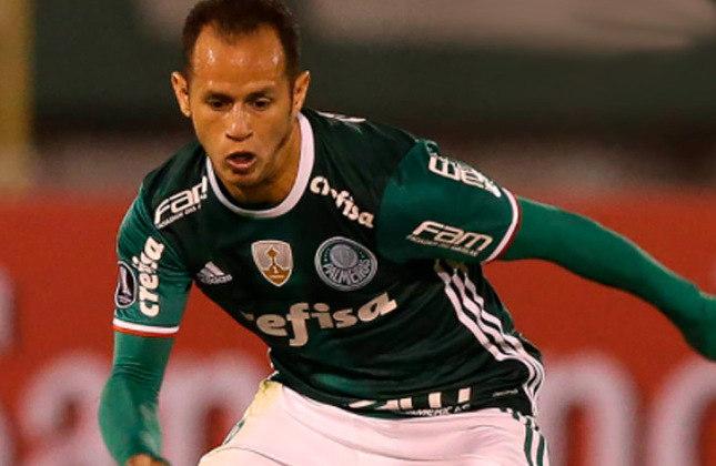 Alejandro Guerra (Venezuela) - 33 anos - Meia - Valor de mercado: 600 mil euros - Sem time desde: 15/07/2021 - Último clube: Delfines del Leste