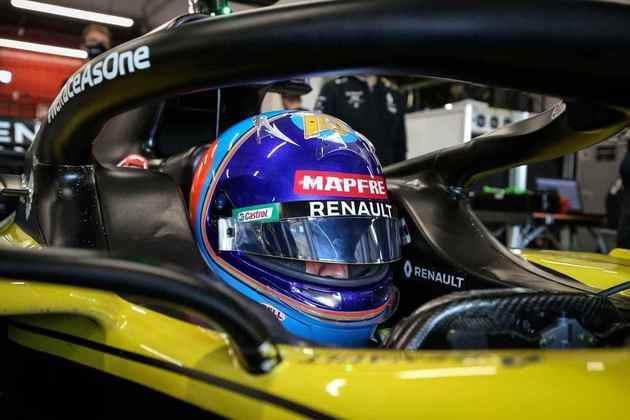 Além disso, é obrigatório o uso de pneus de exibição da Pirelli, sem a mesma performance dos utilizados em atividades oficiais da categoria