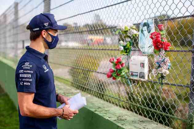 Além do capacete para Senna, Gasly também marcou presença nas homenagens dos fãs