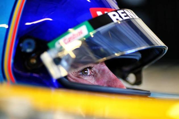 Além do título de pilotos, Renault faturou o Mundial de Construtores.