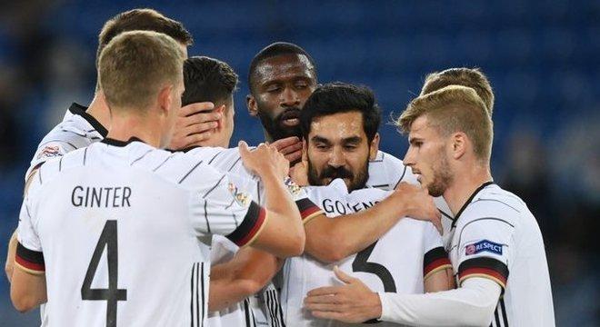 Alemanha, a vã celebração do 1 X 0