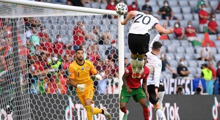 Alemanha, o gol de Gosens