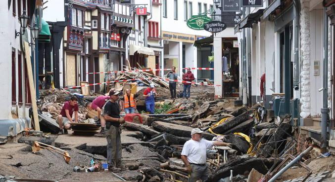 Pelo menos 165 pessoas morreram nas inundações na Alemanha