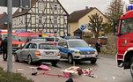 Cena do atropelamento em parada de carnaval na Alemanha