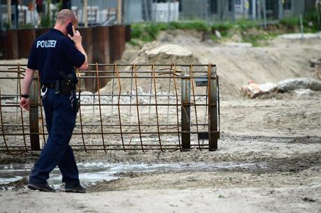 Bomba foi detectada na sexta-feira (14) à tarde