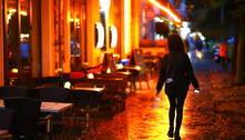 Prefeitura de SP recebe propostas de bares sobre uso de calçadas