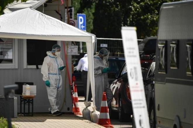 Outro país que começa a se preocupar com a segunda onda de contágios é a Alemanha. No total, 272.337 casos de coronavírus foram confirmados em uma população total de 83,2 milhões de pessoas, dos quais cerca de 242,2 mil já se recuperaram da doença. Mas o número de mortos subiu para 9.386