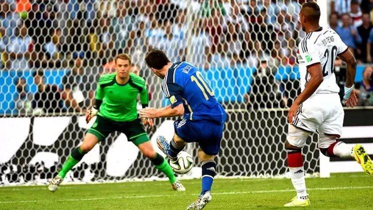 Alemanha e Argentina decidiram a Copa do Mundo de 2014 no Maracanã. A seleção europeia foi campeã, após 1 a 0, com gol de Götze na prorrogação.