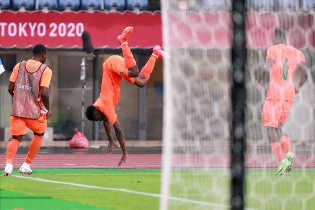 Alemanha e Costa do Marfim empatam em 1 a 1 no futebol masculino dos Jogos Olímpicos de Toquio.