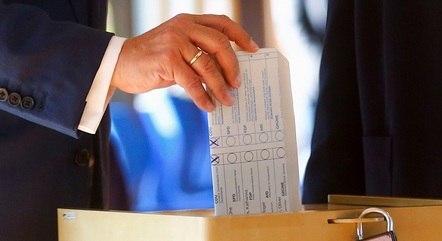 Sigla de Angela Merkel lamentou os números prévios