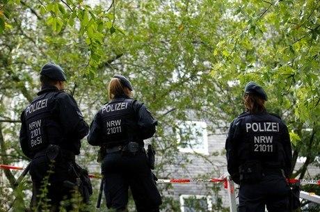 Polícia encontra corpo de 5 crianças em casa