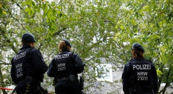A polícia afirmou que o protesto foi encerrado pois manifestantes ignoraram as regras