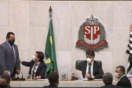 Deputados estaduais em votação nesta quarta (16)