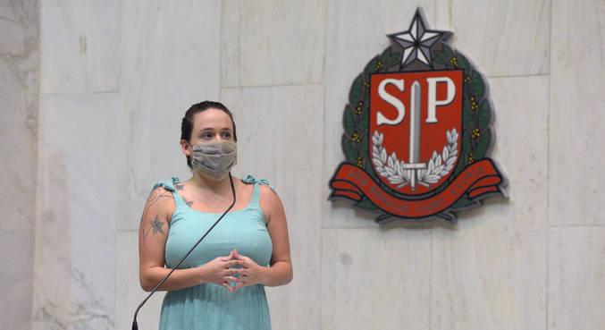 Deputada Isa Penna discursa sobre denúncia de assédio contra colega da Alesp