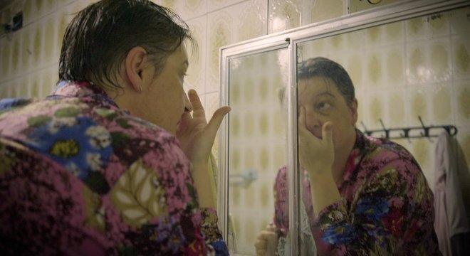 Nos últimos anos, sobrecarregada de trabalho, Alessandra desenvolveu várias doenças