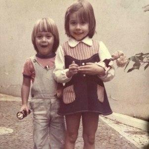 Alessandra e o irmão, Paulo