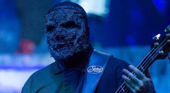 Baixista do Slipknot diz que nem tocava o instrumento antes da banda