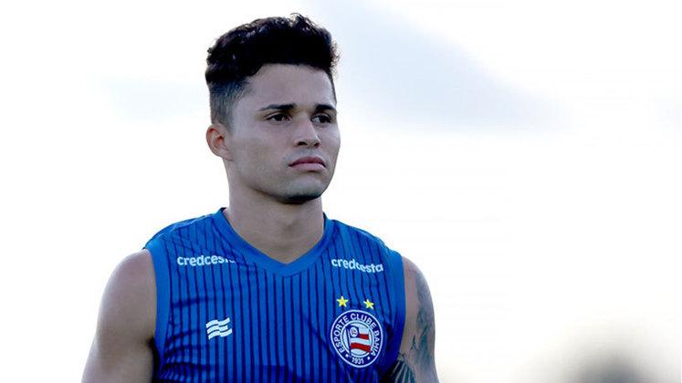 Alesson: meio-campista do Bahia, 21 anos, contrato até dezembro de 2021. Jogou em seis partidas, em média por 12 minutos