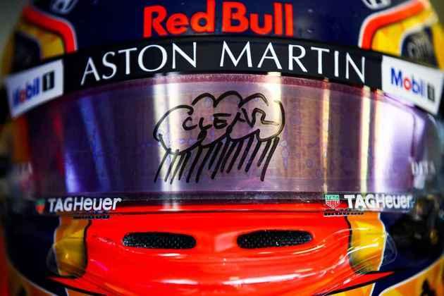 Alex Albon, da Red Bull, foi um dos que mais brincou com a situação