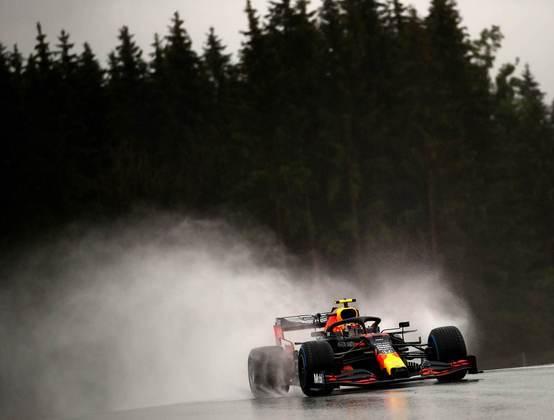 Alex Albon fecha a terceira fila do grid da Fórmula 1 no GP da Estíria