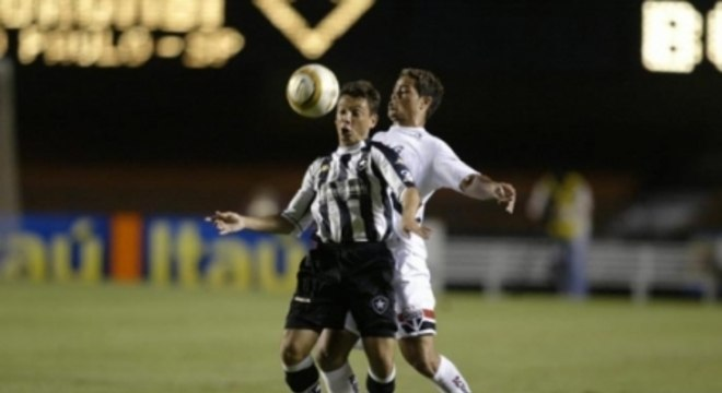 Alex Alves - com camisa do Botafogo
