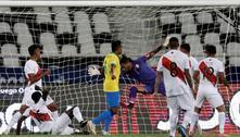 Neymar marca, Brasil goleia o Peru e segue 100% na Copa América