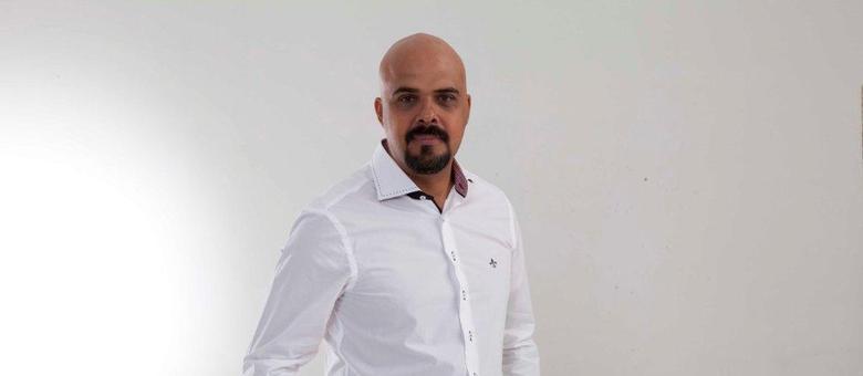 Alex Silva, palestrante e comentarista sobre Bitcoin no Inova360 na Record News