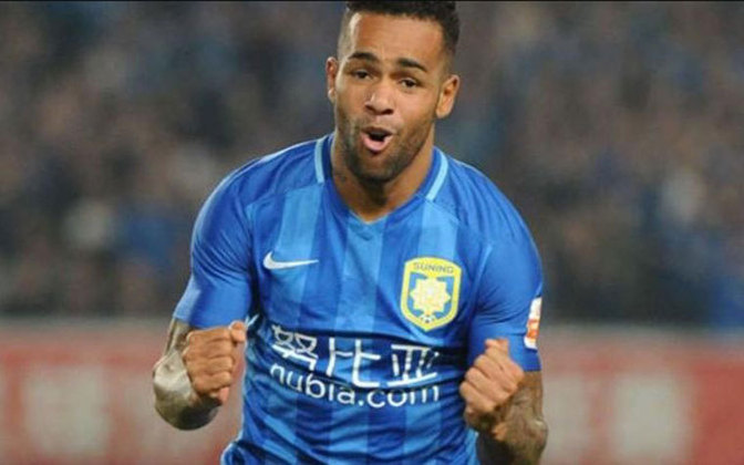 Alex Teixeira - Atacante - 31 anos - Ultimo clube: Jiangsu FC (China)