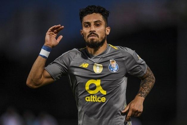 Alex Telles também faz ótima temporada em Portugal. O lateral do Porto é uma boa opção para Tite observar nos próximos amistosos