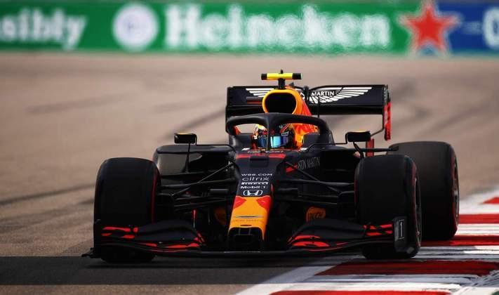 Alexander Albon foi apenas o décimo colocado no grid para o GP da Rússia
