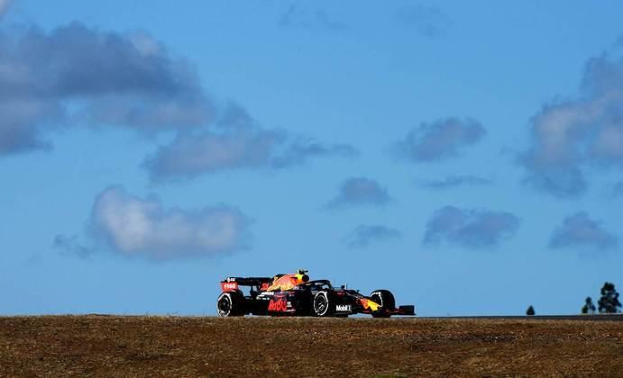 Alexander Albon vai partir em sexto com a outra Red Bull, com 1min17s223