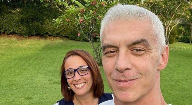 Alexandre Correa agradeceu a técnica de enfermagem Juliana Gerhardt