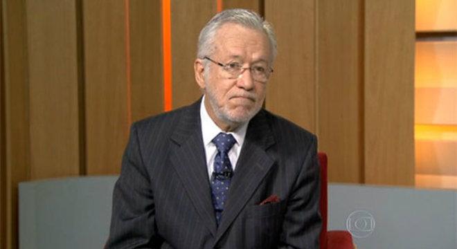 Alexandre Garcia trabalha na Globo desde os anos 1980