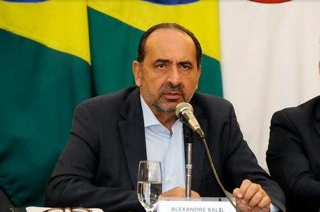 Decisão de Kalil foi em resposta a medidas do governo