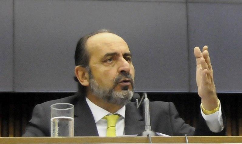 Câmara de BH pode abrir nesta quarta (12) duas CPIs contra Kalil