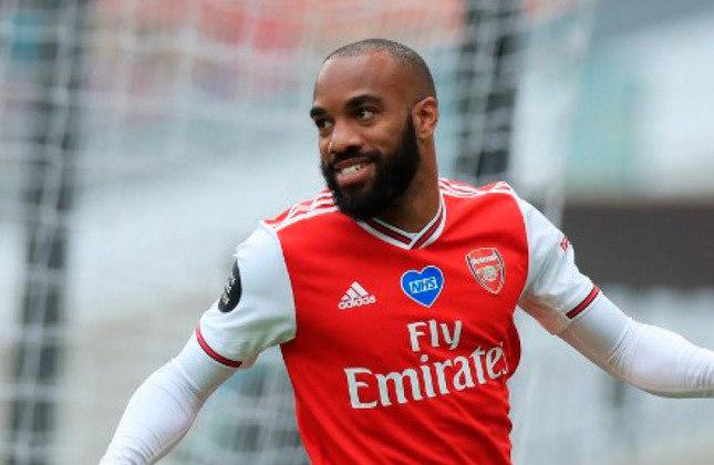 Alexandre Lacazette (30 anos) - Atacante do Arsenal - Valor de mercado: 28 milhões de euros - Roma e Barcelona já demonstraram interesse.
