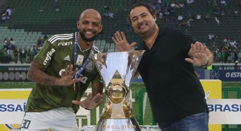 """""""Trabalharia no Corinthians. Sou profissional. Respeito, conheço o trabalho sério"""
