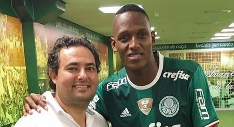 Alexandre Mattos contratou Mina. E ele foi revendido para o Barcelona