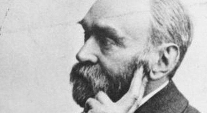 Cientista e inventor sueco Alfred Nobel